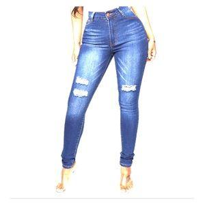 Fashion nova jeans !